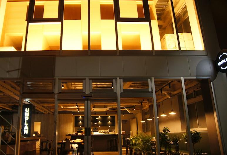 UNPLAN Kagurazaka - Hostel, Tokyo, Hotel Front