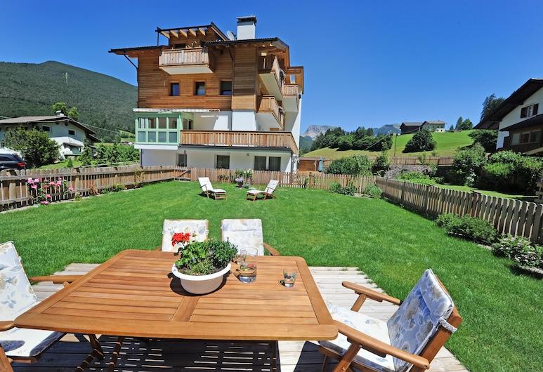 Apartment 4 Holiday - Cesa Leni, Ortisei, Jardín