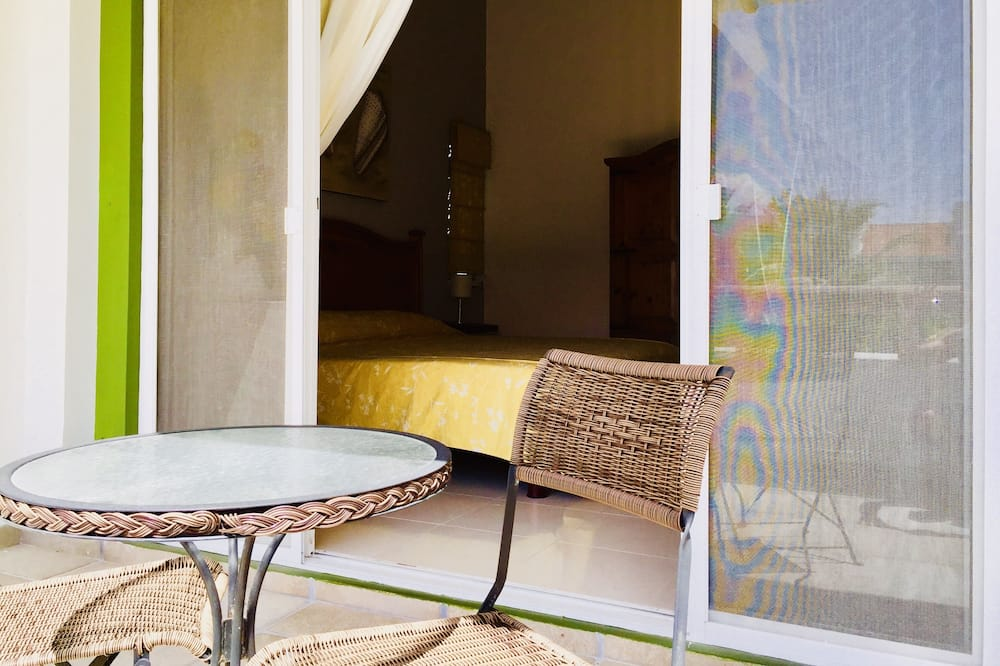 Luxury Villa, 4 Bedrooms, Kitchen, Resort View - Balcony
