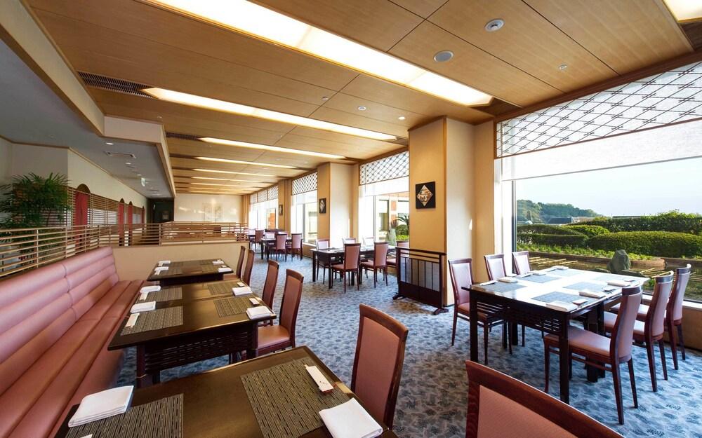 Book hotel okura jr huis ten bosch in sasebo for Hotel okura jr huis ten bosch