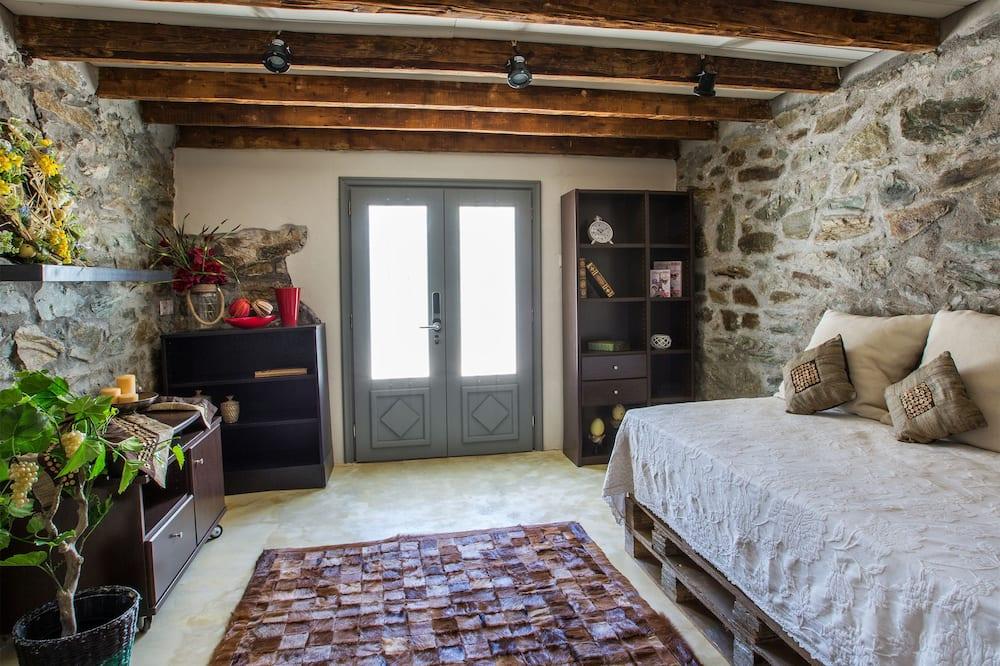 Vila Deluks - Ruang Keluarga