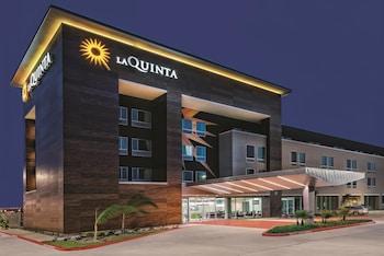 Picture of La Quinta Inn & Suites McAllen Convention Center in McAllen