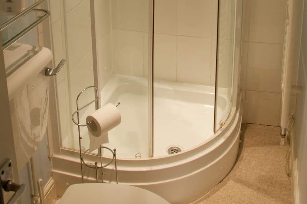 Chambre Triple Confort (Room 9, Private Shower) - Salle de bain