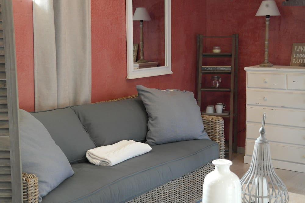 Room (L'Art et la Manière) - Living Room