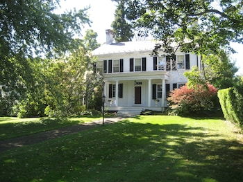 Picture of Millbrook Country House Bed & Breakfast in Millbrook