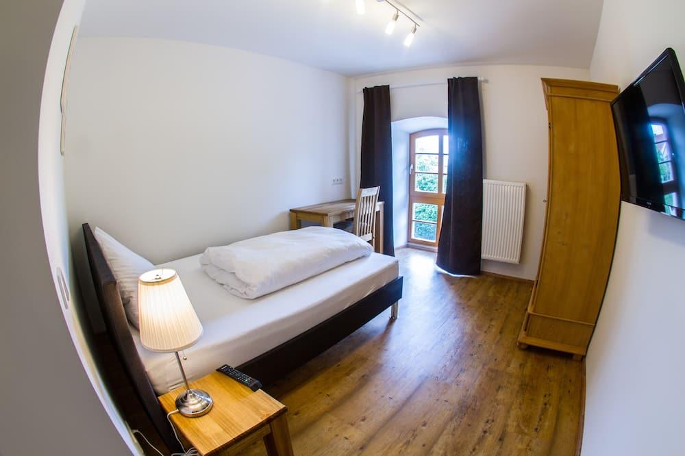 Двухместный номер с 1 двуспальной кроватью (Small) - Номер