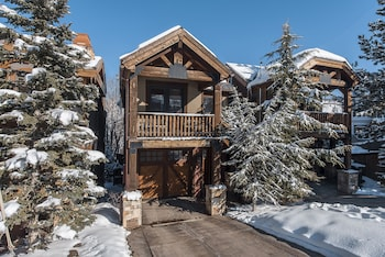 Picture of Slopeside 4 bedroom Townhome by All Seasons Resort Lodging in Park City
