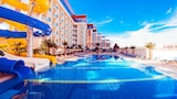 Book this Pool Hotel in Altinova