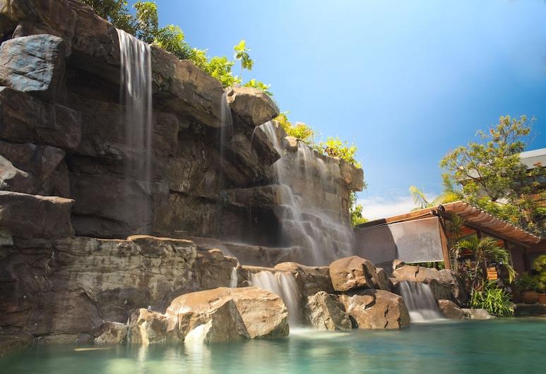 Jacana Amazon Wellness Resort, Парамарибо, Вид снаружи / фасад