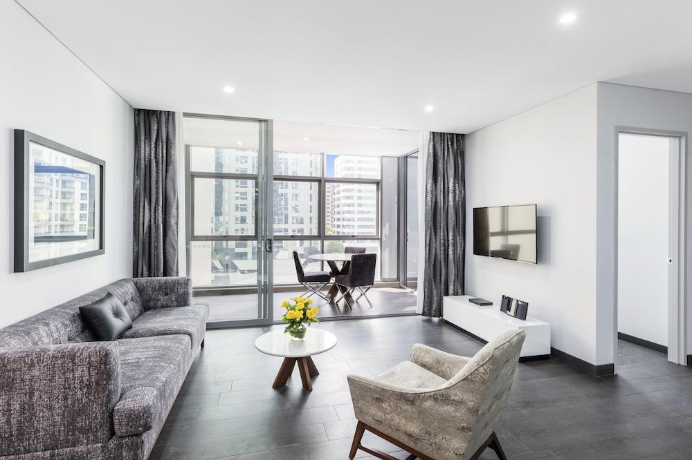 Meriton Suites Chatswood