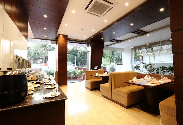Siesta Andheri Hotel, Mumbai, Restaurant