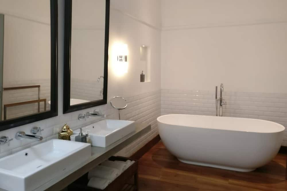 Apartmá, vana - Koupelna