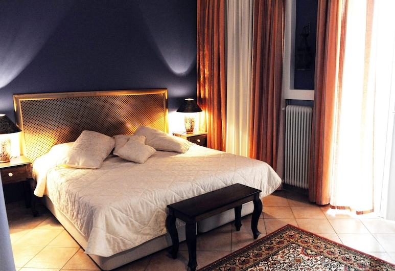 Barbara Museum Hotel, Volos, Habitación con 1 cama doble o 2 individuales, Habitación