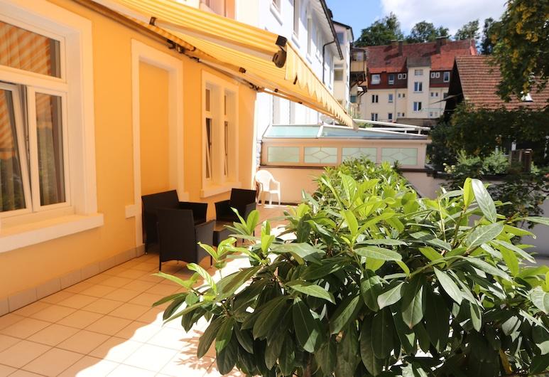 Hotel Deutscher Kaiser, Baden-Baden, Terrass