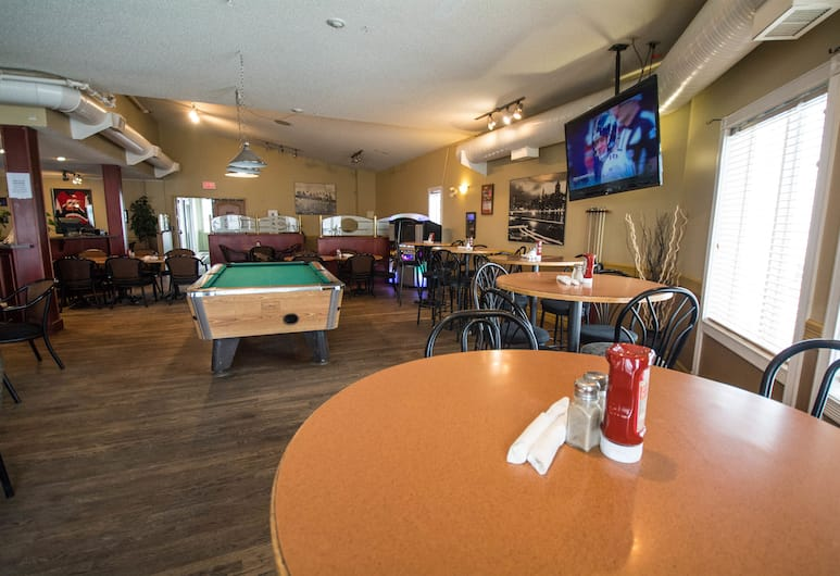 Nova Inn Acheson, Edmonton, Bar Sukan
