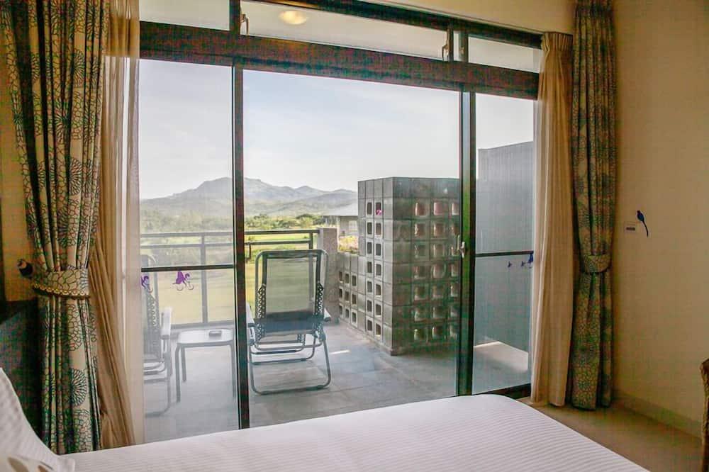 Семейный двухместный номер с 2 односпальными кроватями - Балкон
