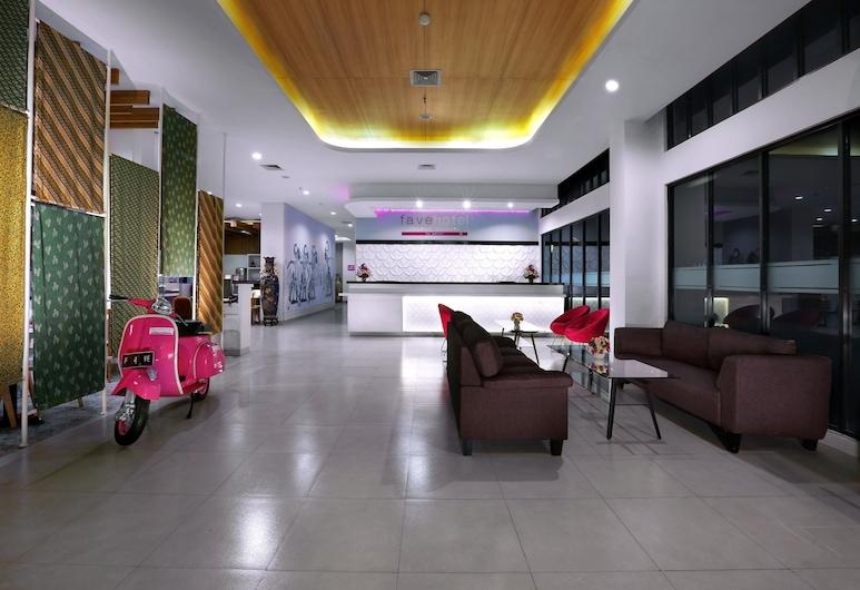 ファヴホテル マリオボロ - ジョグジャカルタ, ジョグジャカルタ, 内部エントランス
