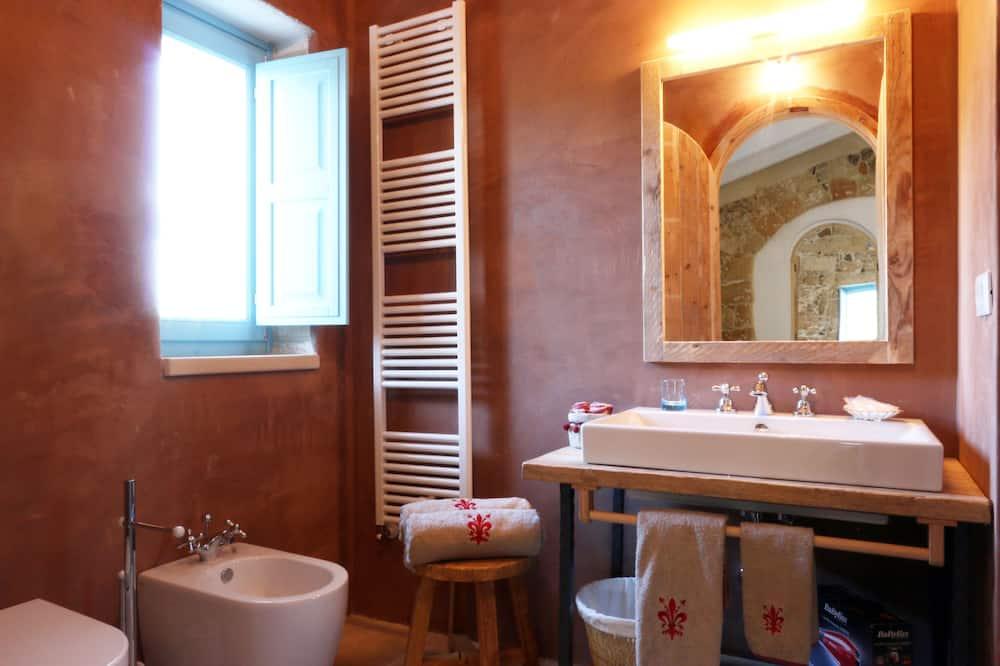 Royal Σουίτα, 2 Υπνοδωμάτια, Συνδεόμενα Δωμάτια - Μπάνιο