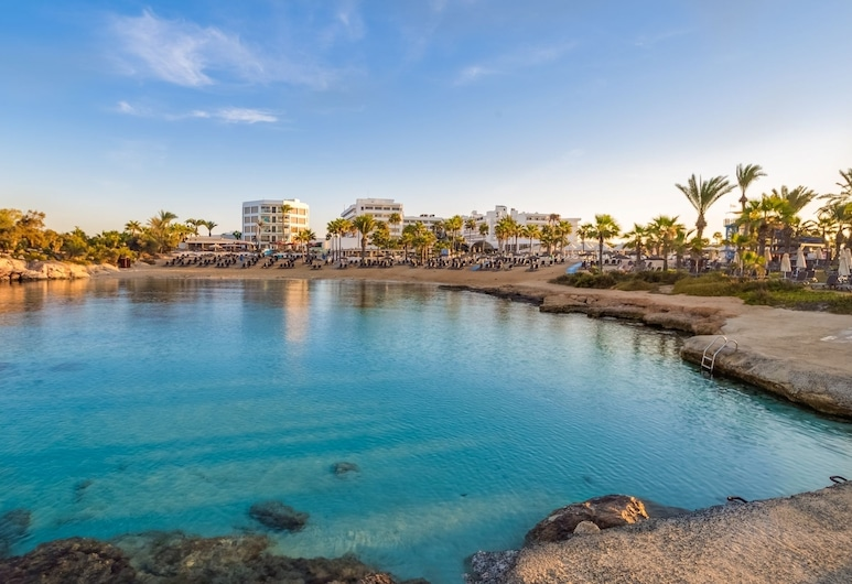 Adams Beach Hotel Deluxe Wing - Adults Only, Ayia Napa, Paplūdimys