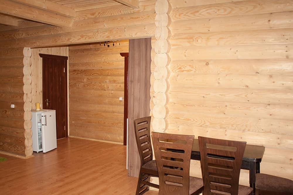 Apartmán, súkromná kúpeľňa - Stravovanie v izbe