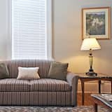 Luxury Suite, City View - Living Room