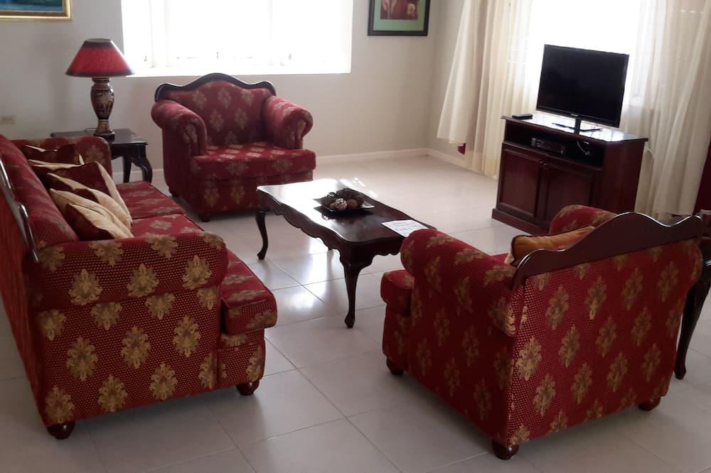 Premium Villa, 3 Bedrooms - Living Room