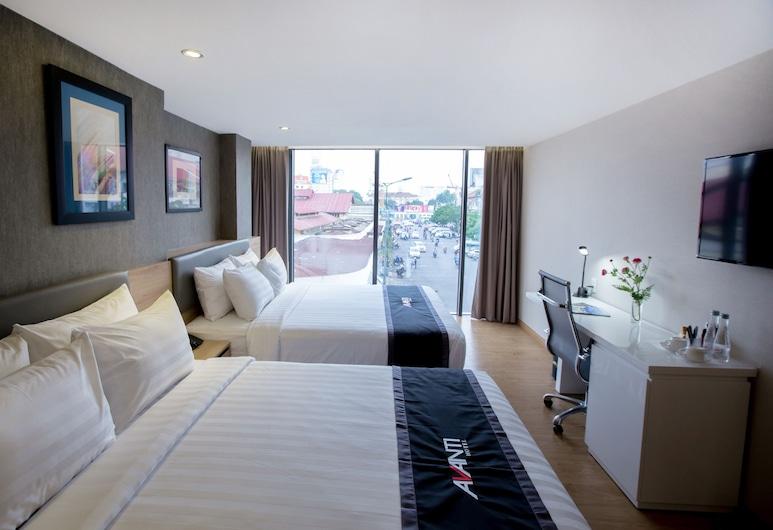 Avanti Hotel, Ho Chi Minh City, Avanti Family Room , Street View