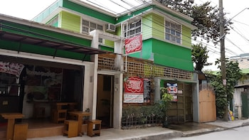 Picture of Crossroads Hostel Manila in Mandaluyong