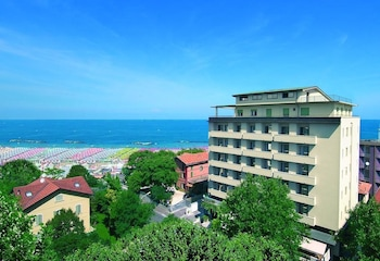 Picture of Hotel Acropolis in Cattolica