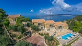 Choose this Villa in Kefalonia - Online Room Reservations