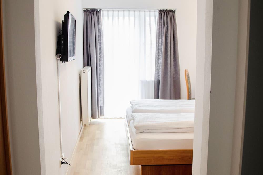 Двухместный номер с 1 двуспальной кроватью, для некурящих - Номер