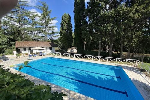 迴旋鏢酒店/