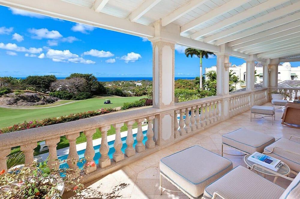 Luxury Villa, 5 Bedrooms, Private Pool, Garden View - Balcony