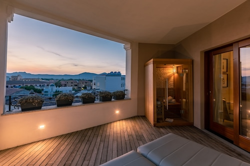 孔蒂馬默利洛坎達酒店/