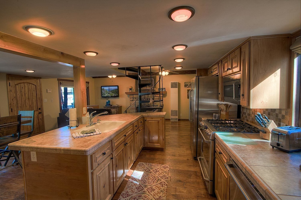 Book Adorable Old Tahoe Cabin with Amazing Remodel by RedAwning in ...