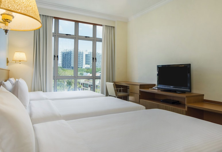 New Cape Inn, Singapore, Standard Room, Multiple Beds, Guest Room View