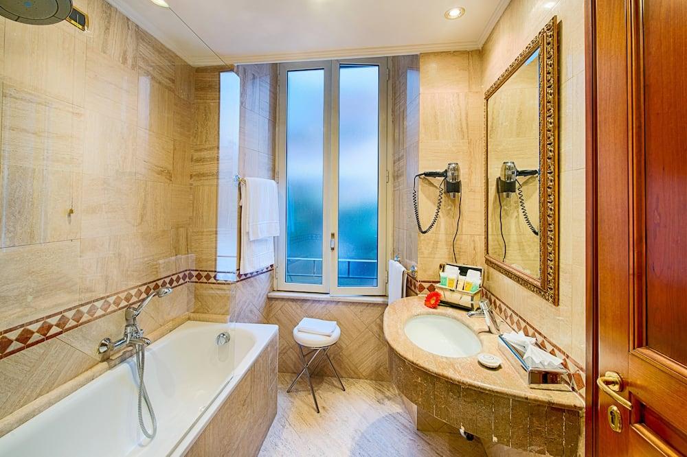 클래식 더블룸 - 욕실