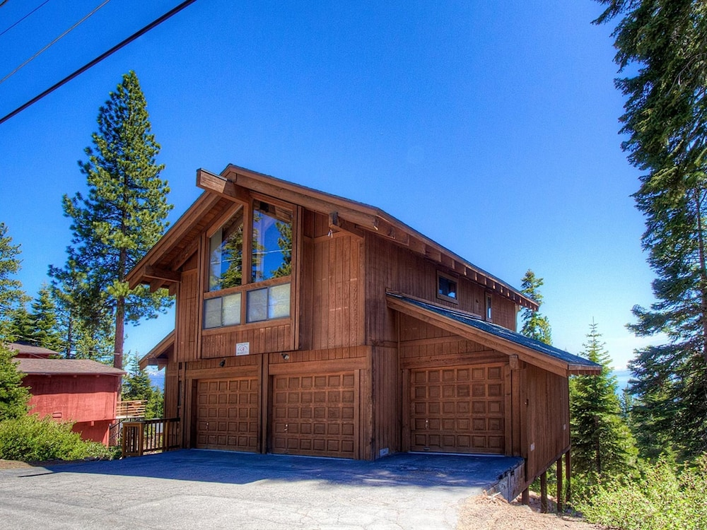 Views From Mive Deck Of North Tahoe Home By Redawning Vista