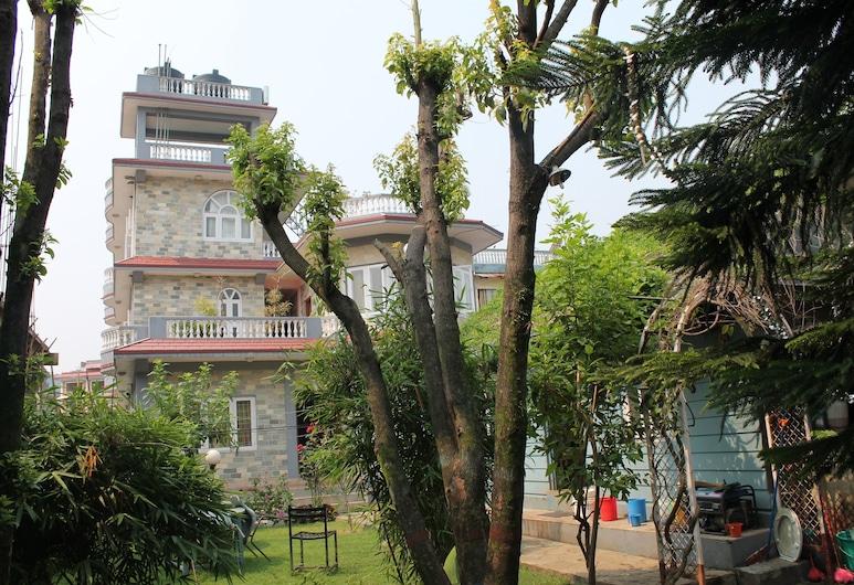 هوتل فيشتايل فيلا, بوكارا, حديقة