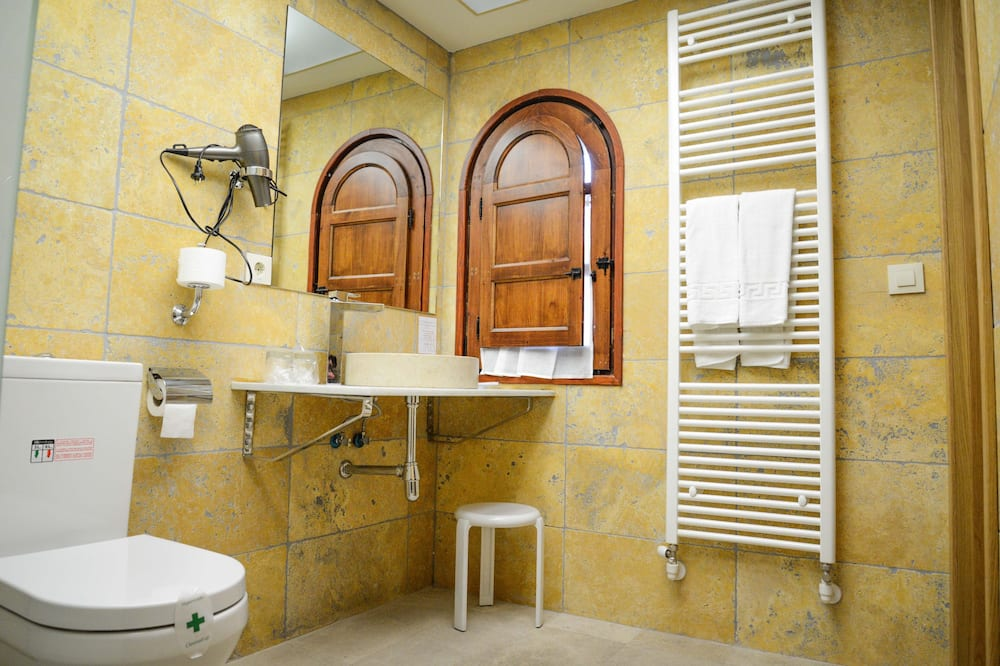 Standardværelse til 3 personer - Badeværelse