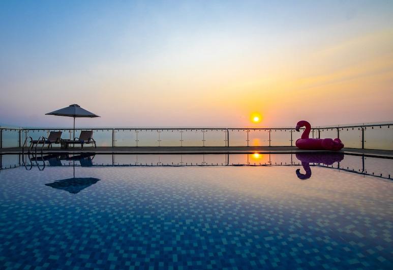 寧靜海灘飯店, 峴港, 室外游泳池