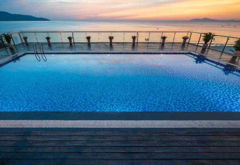 Serene Beach Hotel, Da Nang, Vonkajší bazén