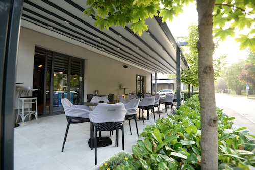 Book The Loop Hotel In Zagreb Hotels Com
