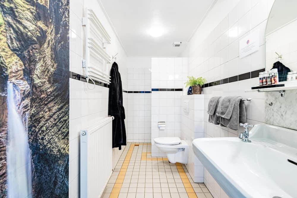 Habitación exclusiva doble, 2 camas individuales - Cuarto de baño