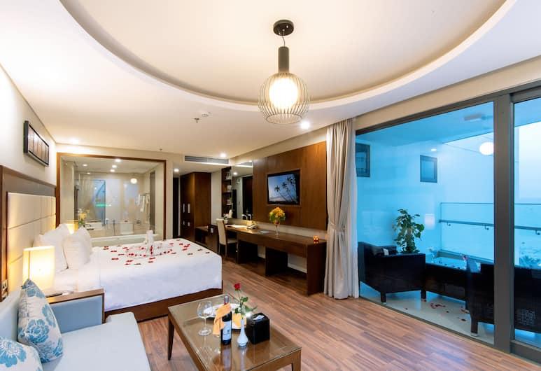 Grand Sea Hotel, Da Nang, Junior Suite, balkon, djelomičan pogled na ocean, Balkon