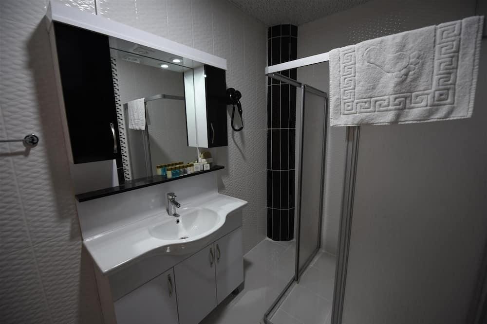 ファミリー ルーム シービュー - バスルーム