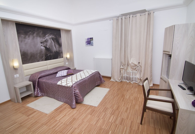 Al Bastione Relais - Suite & Rooms, Gravina in Puglia, Superior Double or Twin Room, City View, Guest Room
