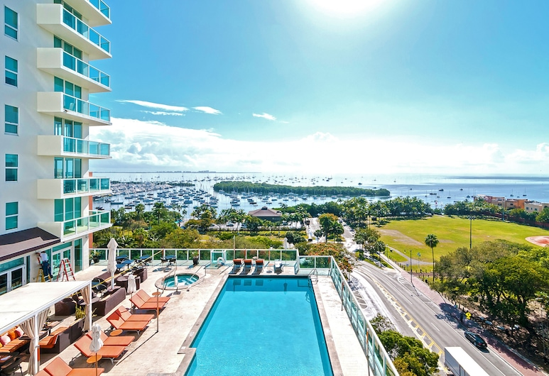 Private Residences at Hotel Arya by SoFLA Vacations, Miami, Premium-Apartment, 2Schlafzimmer, Buchtblick, Poolseite, Zimmer