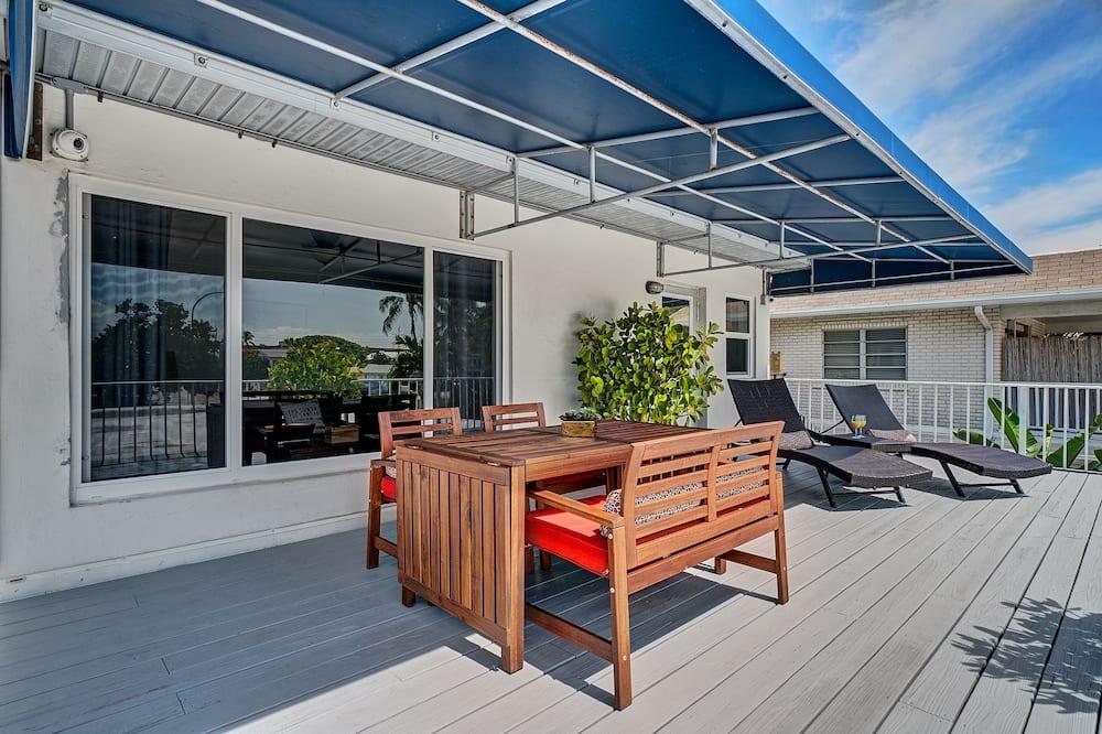 Deluxe Penthouse, Terrace, Partial Ocean View - Terrace/Patio