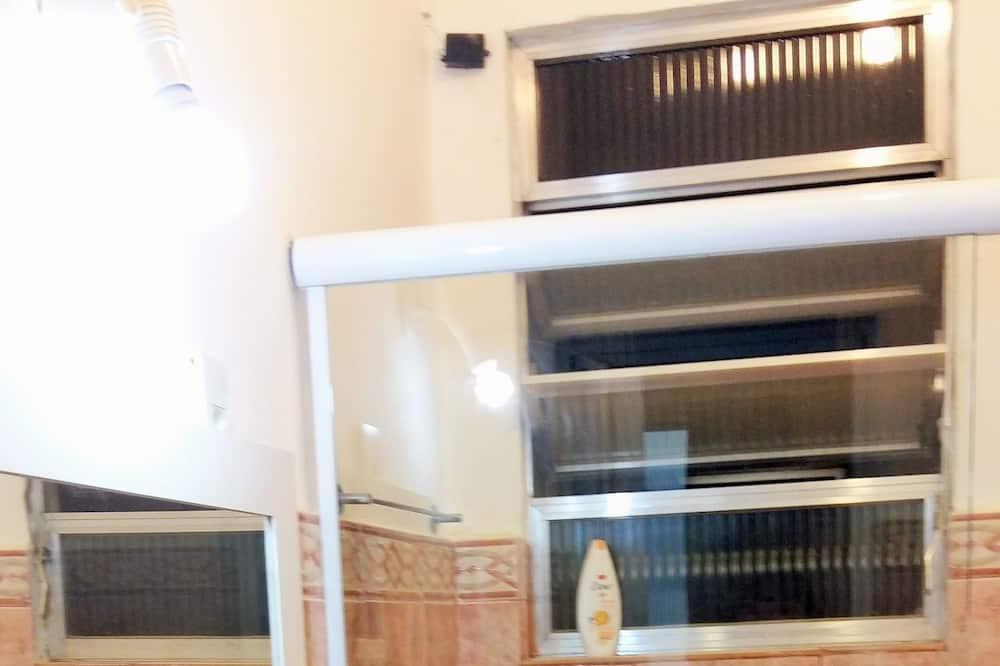 דירה - חדר רחצה